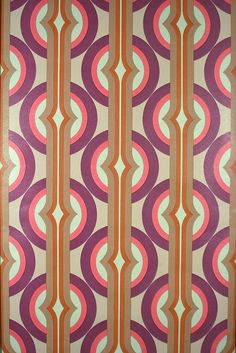 1970 Pink Space Age Geometric Wallpaper