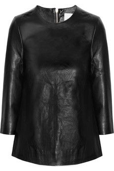 Iris + Ink // Leather top - Wear with boyfriend jeans for a great fall outfit! Designer Clothes Sale, Discount Designer Clothes, Everyday Outfits, Everyday Fashion, Leather Fashion, Leather Outfits, Fashion Outlet, Autumn Winter Fashion, Style Me