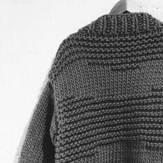 ilovemrmittens:Stitches & Patterns. #cardigan #texture #wool...