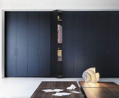 Armoire de chambre contemporaine / en mélaminé / en bois / en bois laqué FLAP by Cairoli & Donzelli LEMA Home