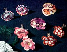 Vintage Crochet PATTERN to make - Pansy Flower Jewelry Earrings. NOT a finished item. This is a pattern and/or instructions to make the item only. - I Crochet World Crochet Earrings Pattern, Vintage Crochet Patterns, Crochet Buttons, Thread Crochet, Crochet Cross, Free Crochet, Jewelry Patterns, Beading Patterns, Jewelry Ideas