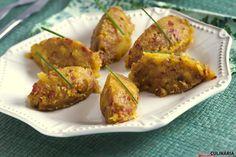 Receita de Migas de batata-doce, chouriço e tomate. Descubra como cozinhar Migas de batata-doce, chouriço e tomate de maneira prática e deliciosa com a Teleculinária!