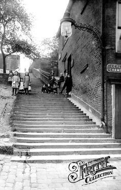 Photo of Rochdale, Church Steps 1913 from Francis Frith Old Pictures, Old Photos, Stockport Market, Old Street, Blackpool, British History, Rochdale Town, Great Britain, Old Town