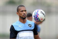 BotafogoDePrimeira: Vilão em Macaé, Luis Ricardo assume erro e não se ...