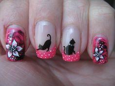 gatos y flores decoracion de uñas