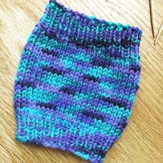 Learn to knit free with online tutorials and videos from PurlsAndPixels You are in the right place about Knitting blanket Here we offer you the. Knitting Blogs, Free Knitting, Knitting Projects, Baby Knitting, Disney Crochet Patterns, Crochet Patterns Amigurumi, Crochet Dolls, Doll Patterns, Stitch Patterns