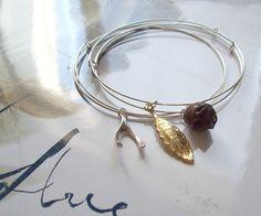 Adjustable wire bangle bracelet tutorial.
