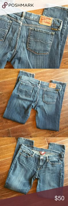 LUCKY BRAND JEANS  SKINNY. EUC A really nice pair of dark denim skinny jeans size 14/32 hems are in great cond. Hardly worn inseam 32 Lucky Brand Jeans Skinny