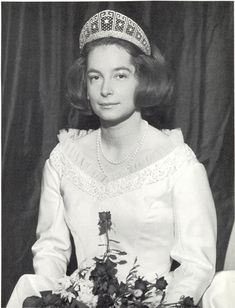 Wilhelm and Kira's daughter, Princess Marie Cecilie wore the meander tiara on 4 December 1965 when she married Friedrich August, Duke of Oldenburg.
