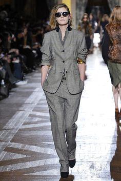 Dries Van Noten Fall 2010 Ready-to-Wear Fashion Show - Judith Vantomme