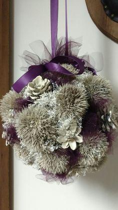 Pinecone Wedding Decorations, Pine Cones, Christmas Wreaths, Halloween, Holiday Decor, Home Decor, Christmas Garlands, Homemade Home Decor, Holiday Burlap Wreath