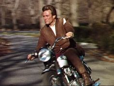 clint eastwood coogan's bluff movie triumph motorcycle