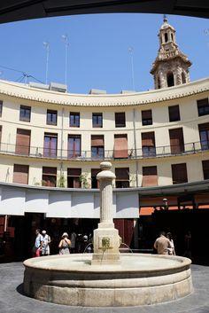 Plaza Redonda, y asomando Santa Catalina