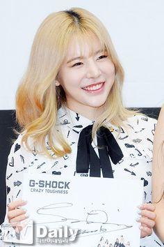 Sooyoung, Snsd, Girls Generation, Sunny Days, Sunnies, Cool Girl, Queens, War, T Shirts For Women