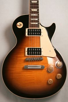 Gibson Les Paul Signature 'T' Min-ETune (Vintage Sunburst) - Gibson USA is celebrating 2013 as the Year of Les Paul, and there's no better tribute than a guitar dedicated to the man himself. £1529 #gibson #lespaul #vintage #guitar