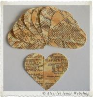Papieren harten oude krant look 7x6cm (per 8 stuks)