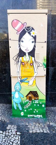 São Paulo, Brasil - Amazing Street Art & Graffiti. This is from the Pinheiros neighborhood (next to Vila Madalena) ...what a stunning, artistic, city region.  (Beco do Aprendiz  is in the Pinheiros region) Original photography by R. Stowe