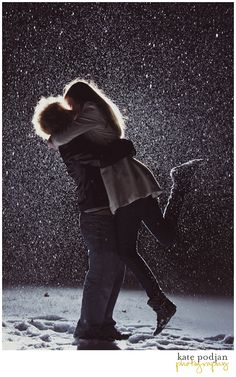 Looove! <3 This is from a friend of mine @Kate Podjan  I'm REALLY need to try back-lit shots in the snow now! :D