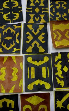 African Mudcloth from Mali- Smithsonian background info & tutorial African Art Projects, African Crafts, Art Africain, Africa Art, Art Curriculum, African Mud Cloth, Thinking Day, Elementary Art, Upper Elementary
