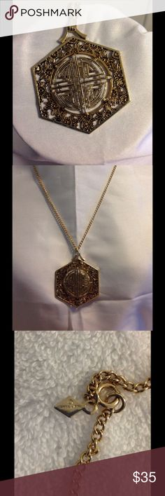 """Vintage Sarah Coventry Asian Inspired Necklace Beautiful Asain inspired pendant which measures 2""""x2.25"""" on a 12"""" chain. Beautiful gold tone piece from the 70's. Signed Sarah Cov. A sweet find in mint condition. Vintage Jewelry Necklaces"""