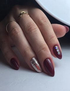 Classic collection of fall-autumn nail designs to sport in 2017.