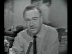 Walter Cronkite announces death of JFK. I was in school when it was announced and we were sent home. Everyone was crying! The TV was turned on right away. How Old Am I, Famous Speeches, Kennedy Assassination, Robert Kennedy, John Fitzgerald, The Orator, Old Tv Shows, Interesting History, Classic Tv