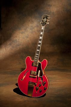 1972 ES-355TD - I bought this guitar on EBAY because I wanted a 72 embossed covers ES-355TD in cherry red just like Freddie King played at the Cotton Bowl in Houston in 1974. It's probably the rarest guitar I own next to the Johnny Cash Grammar guitar. You're saying, how does a guy who owns 4 sunburst Les Pauls from the late 50′s say that? Well it's true and it's a true gem.