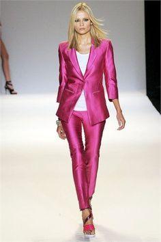 Matthiew Williamson #pink #fashion #runway #suit
