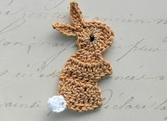 Crochetpedia: 2D Crochet Rabbit / Bunny Applique Tons of other bunny appliques are on this page as well