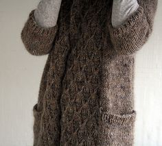 Such a cozy looking sweater.