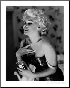 Marilyn Monroe, Chanel No.5 Mounted Print by Ed Feingersh - AllPosters.co.uk