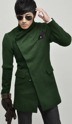 Asymmetrical green coat #Fall