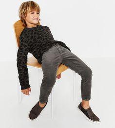 ZARA - - Boys - The school report - Little prices Young Cute Boys, Cute Little Boys, Cute Teenage Boys, Kids Boys, Cute Kids Fashion, Boy Fashion, Outfits Niños, Kids Outfits, Teen Jungs Outfits