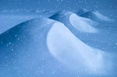 Learn a simple method for animating falling snow in this #Photoshop tutorial.  @msjphotosite