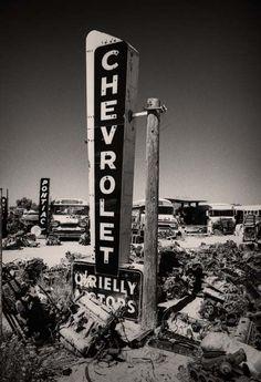 Vintage Truck & Hot Rod Fan - Vintage Signage, Graphics and Neons - Vintage Trucks, Old Trucks, Chevy Trucks, Vintage Ads, Chevy Pickups, Vintage Stuff, Vintage Postcards, Station Essence, Chevrolet Dealership