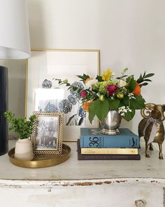 How to make simple arrangements with grocery store flowers / jones design company