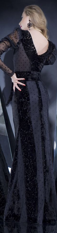 IN THE MOD TO EXPRESS MYSELF Collection: IN THE MOOD  Rochie de seara gown #black #large #formal #dress