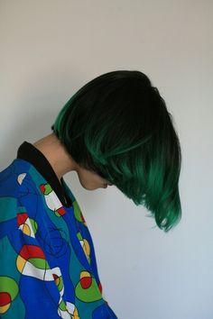 Green highlights/dip dye