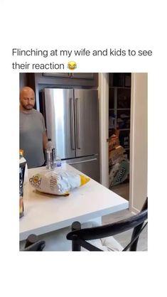 Really Funny Memes, Stupid Memes, Funny Relatable Memes, Funny Tweets, Stupid Funny, Haha Funny, Funny Jokes, Hilarious, Super Funny Videos