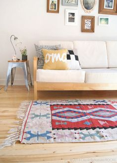 Vintage Wool Rug / Turkish Decorative Kilim by ROCAILoldandloved