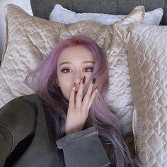 Park Ji Yeon, T Ara Jiyeon, Purple Hair, Kpop Girls, Asian Girl, Hair Color, Celebs, Long Hair Styles, Makeup