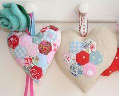 Hexagon hearts close-up by ninimakes, via Flickr = would make a cute xmas ornament