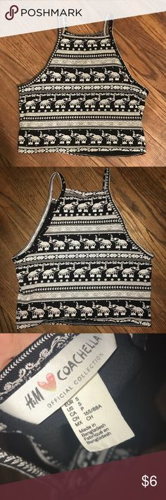 Patterned crop top Black and white patterned crop top H&M Tops Crop Tops
