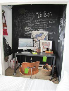 Small bedroom/small office corner. Loving the blackboard