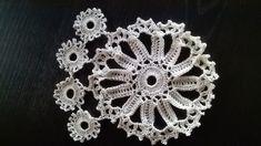 motif by pandatomic Crochet Potholders, Crochet Motif, Crochet Doilies, Crochet Earrings, Mandala, Textiles, Sewing, Towels, Stuff Stuff