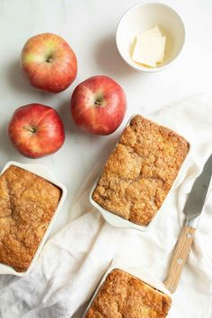 Amazing Apple Bread in Just 5 Minutes | Julie Blanner Apple Cinnamon Bread, Apple Bread, Cinnamon Cake, Cinnamon Apples, Baked Apples, Apple Pie, Banana Apple Recipes, Apple Desserts, Easy Desserts
