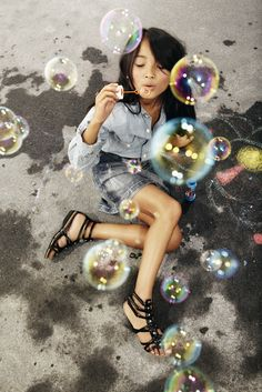 Bubbles and Dreams...the celebration of a child's dreams(*.*)<3:) diana
