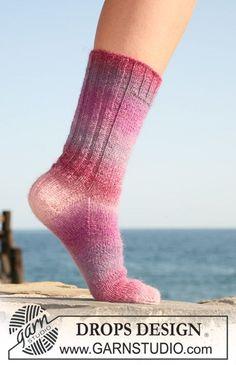 """DROPS sokker i """"Delight"""". Str 32-43. ~ DROPS Design"""
