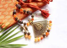 Handmade Jewellery, Handmade Necklaces, Indian Jewelry Sets, Ethnic Looks, Ganesha, Handicraft, Antique Gold, Necklace Set, Earring Set