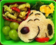 Snoopy - so cute! lunchbox ideas